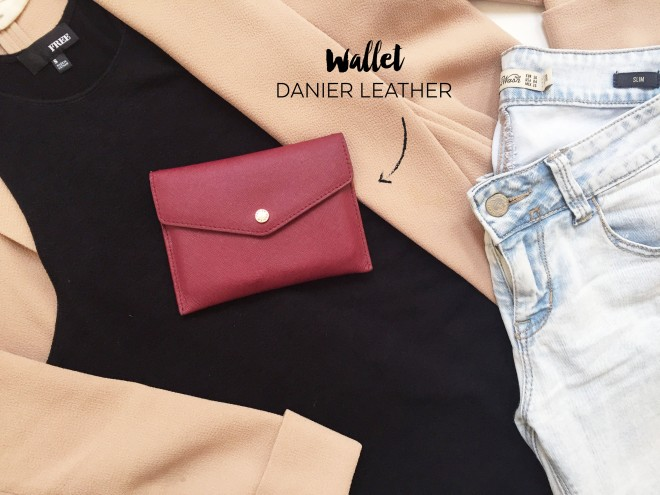 Aug 13 - Outfit - Wallet