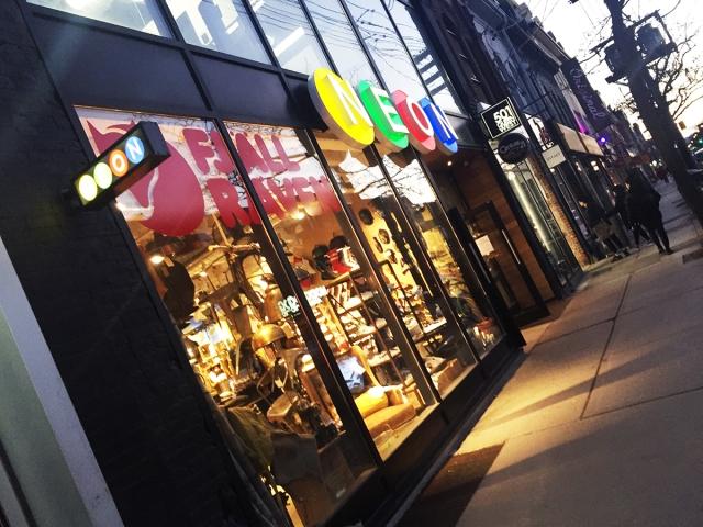 NEON - Store.jpg
